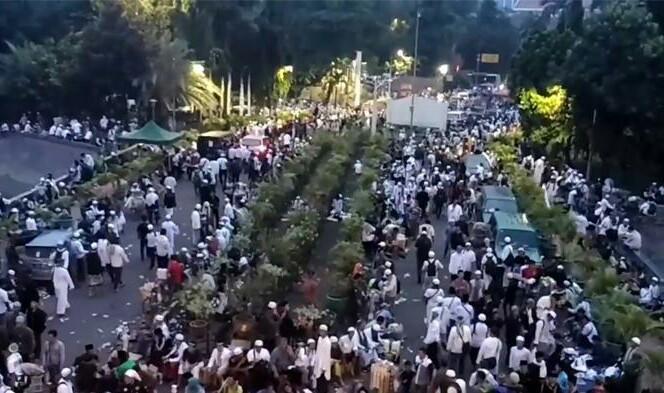 Pantau Jalannya Demo 4 November Lewat Trending Tagar Twitter Ini